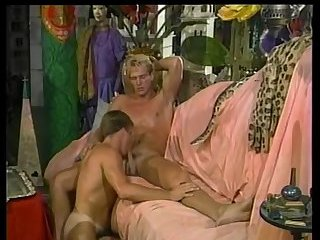 Dudes anal sex ends with cumshot