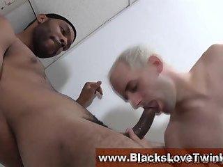 Amateur whitey takes black cock